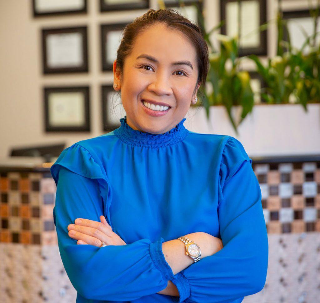 Leading Women Dentist - Dr. Cam Ngoc Dong DDS